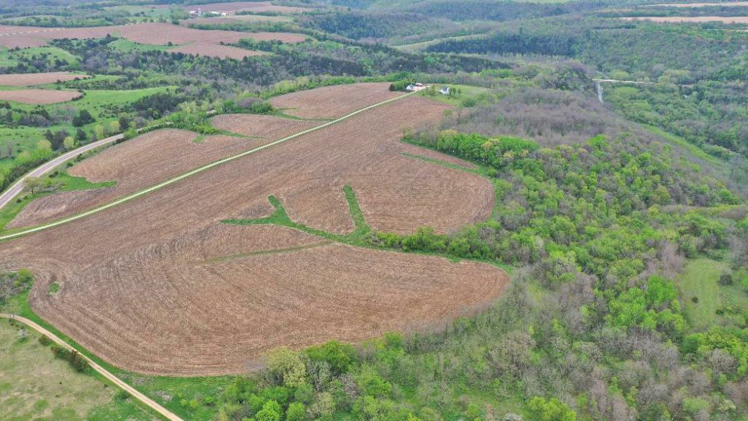 Bluff Country Properties - Hunting, Fishing, Recreational, Farm, Rural Homes, Cabins, for sale in Southeast Minnesota